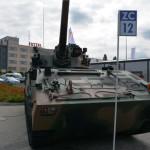akademia-obrony-saggita-tadeusz-dubicki-strzelanie-bojowe-targi-broni-kielce-2016-27