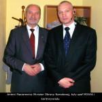 Akademia Obrony Saggita Strzelanie Bojowe Ochrona VIP Tadeusz Dubicki i Antoni Macierewicz Minister Obrony Narodowej, były szef MSWiA i kontrwywiadu
